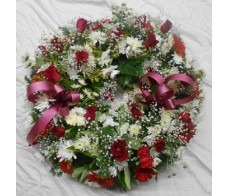 Mixed Red and White Wreath
