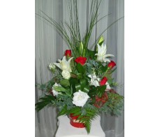 All round Red and White Arrangement